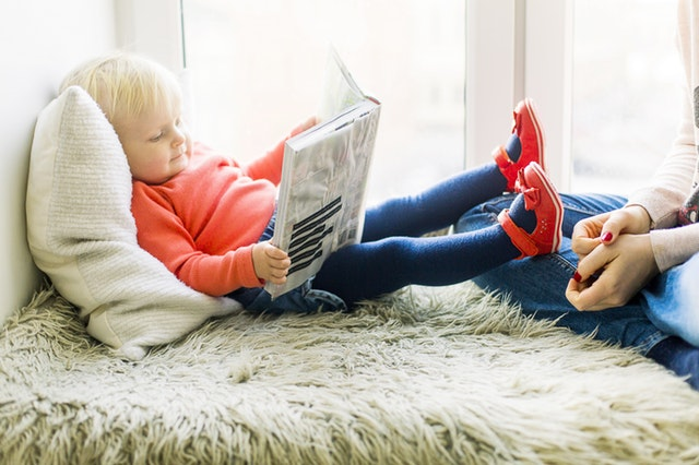 Orangtua Ini Tips Bagus Agar Anak Senang Membaca