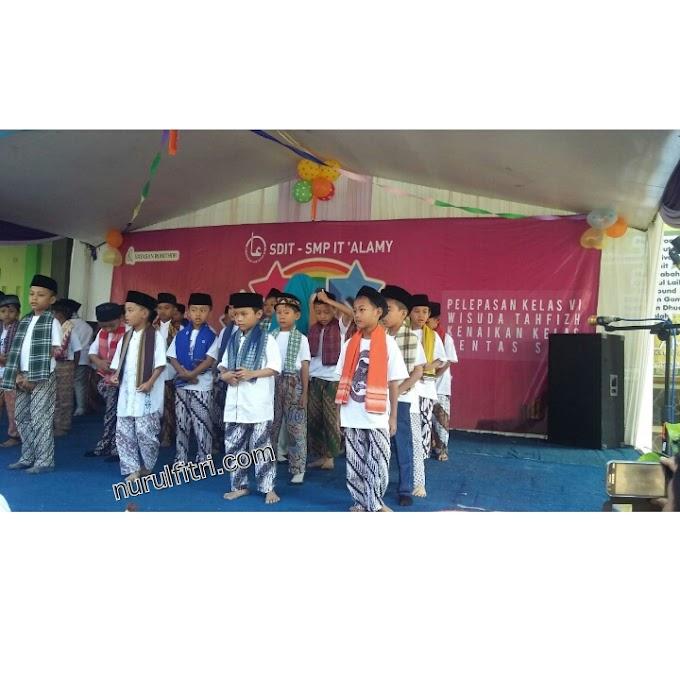 Kisah Celana Batik di Pertunjukkan Seni Akhir Tahun Ajaran Sekolah