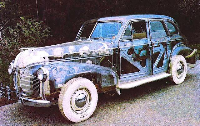 the 1939 New York World's Fair transparent car color photo