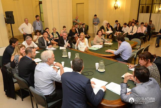 Legislatura: Promueven adherir a programa nacional para las PyMes