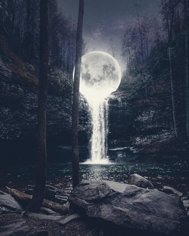 05-Moon-Waterfall-Okan-Ozel-www-designstack-co