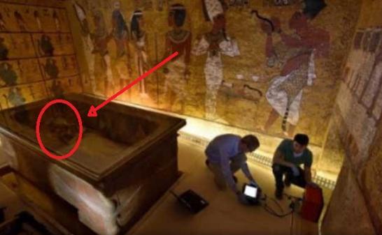 LUAR BIASA!!! Kamar Firaun Tiga Ribu Tahun Tak Dibuka, Ketika Dibuka Isinya Mengejutkan Semua Orang !!