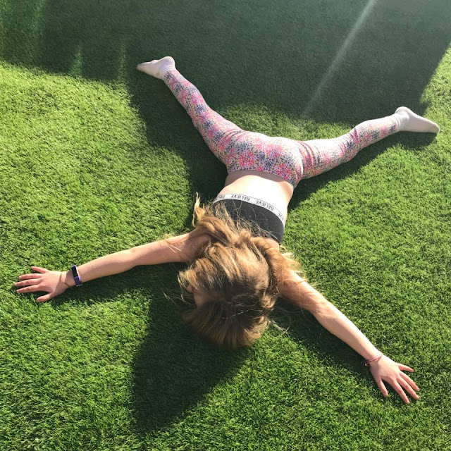 sunbathing-artificial-grass