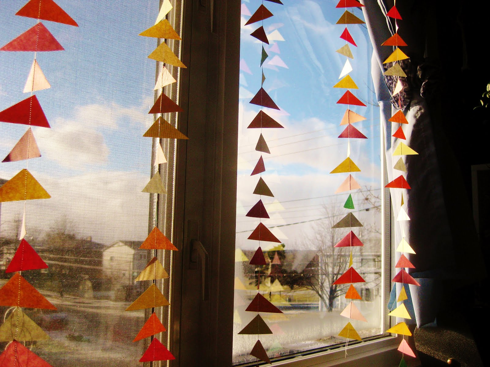 Pomegranate Butter DIY Paper Curtain
