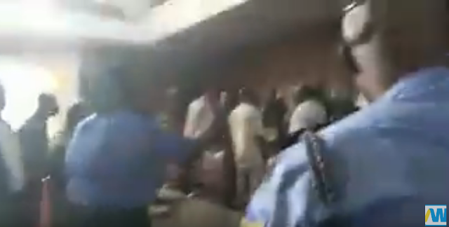 Police Shut Ondo House of Assembly Over Political Furore (WATCH VIDEO)