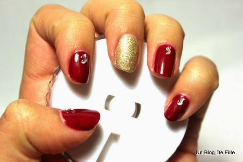 http://unblogdefille.blogspot.fr/2014/12/nail-art-reveillon-de-nouvel-new-years.html