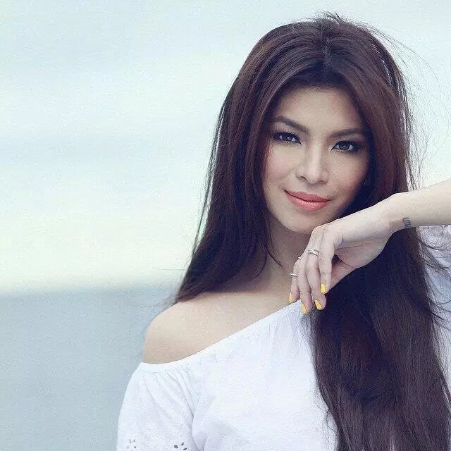 Philippines: Home of the Most Beautiful Women! LOOK HERE!