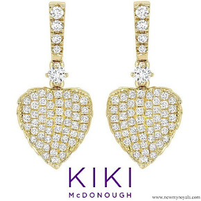 Kate Middleton wearing her KIKI McDonough Lauren Yellow Gold Diamond Pave Leaf Earrings