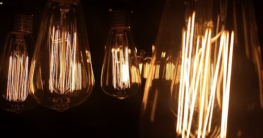Can incandescent light bulbs cause interference?