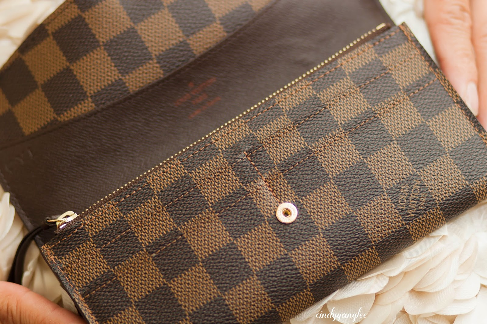 louis vuitton emilie wallet damier ebene