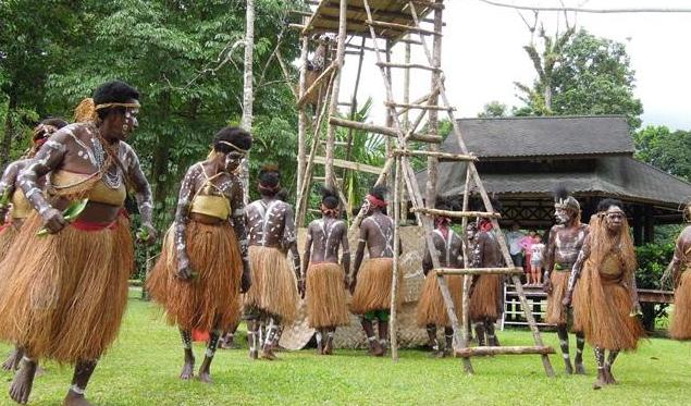 5 Suku di Kabupaten Keerom Papua Punah