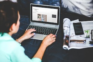التعليم الإلكتروني و التعليم التقليدي : لماذا التعليم الإلكتروني هو مستقبل التعليم ؟