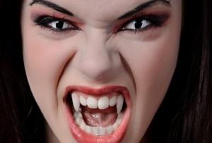 serangan vampire di katakhanas yunani