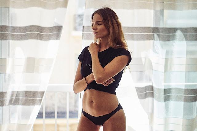 soutien-gorge-tanga-culotte-soutif-body-femme-lingerie-sous-vetement