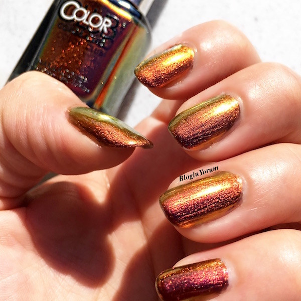 color club burnt out hologram oje incelemesi 4