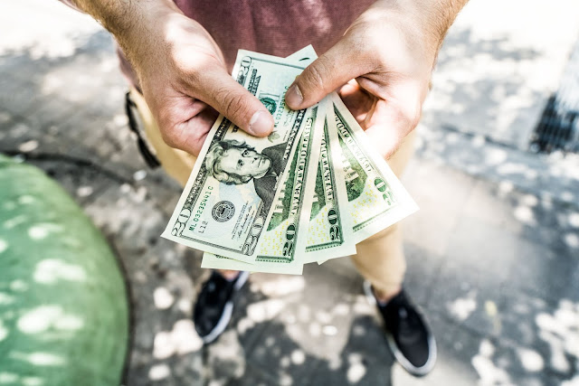 finansial, saham, investasi, artikel, inspirasi, edukasi, buku, deposito, uang, finance, obligasi, reksadana, forex, options