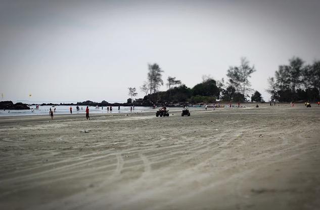 Penduduk Tanjung Balau Johor Gempar Dengan Penemuan Lebih 300 Objek Misteri