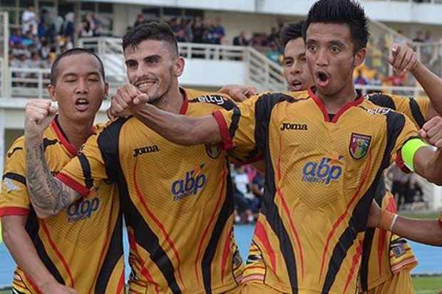 Mitra Kukar vs PSMS Medan