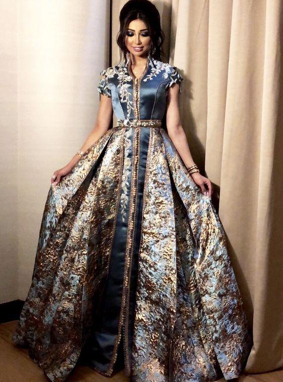 ... des nouvelles gamme de magnifiques robes Marocaines modernes ou  traditionnelles pour mariage et fiançailles df8e52d0681