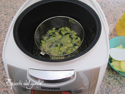 multicooker redmond che si trasforma in friggitrice