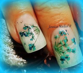uñas-decoradas-flores-deshidratadas