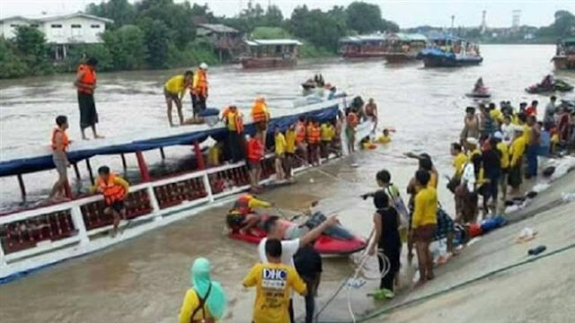 Double-decker boat transporting Muslim pilgrims capsizes in Thailand, 13 killed