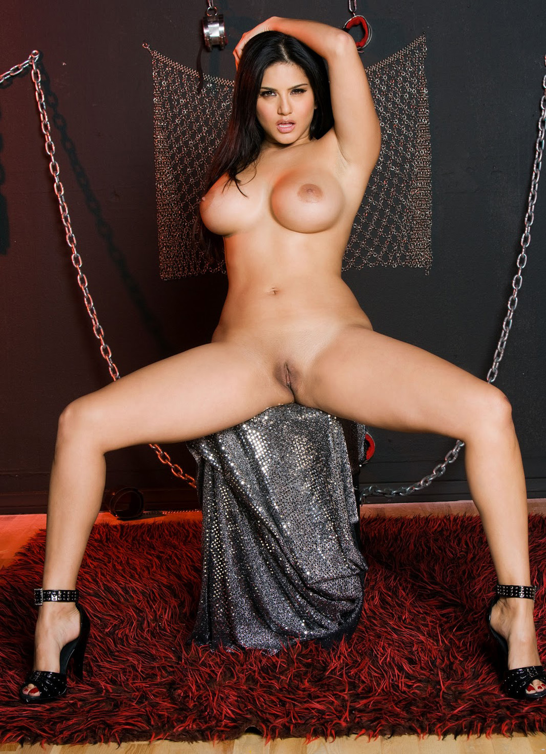 Desi Aunty Big Ass Porn Star Sunny Leone Hot Ass Big -9013