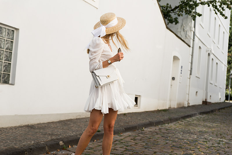 french-girl-streetstyle-romantic-chic-look