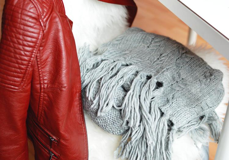Moje propozycje na jesień - gdzie kupić ładny beżowy trencz, dobrej jakości botki, kalosze, wygodne swetry i inne - Czytaj więcej »