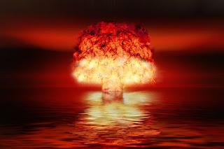explosão de bomba atomica