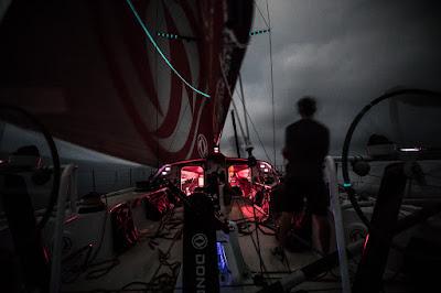 La flotte de la Volvo Ocean Race vers Auckland se sépare.