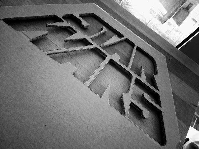objet carton cardboard object