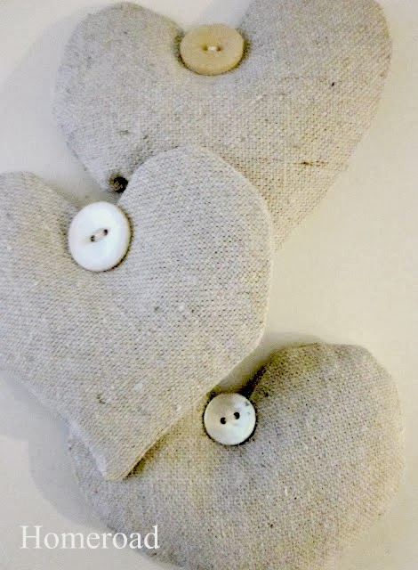 Easy DIY Lavender Heart Sachets . Homeroad.net