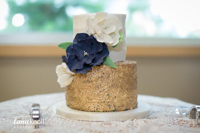 well dressed cakes by Brett wedding cake