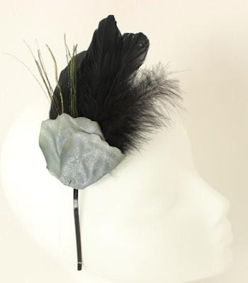 OI 1617 - Coleccion Negra Pavo Real - Diadema Tocado