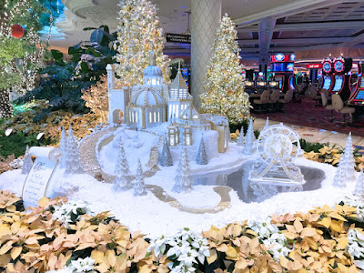 The Christmas Decorations at the Wynn Casino were breathtaking.