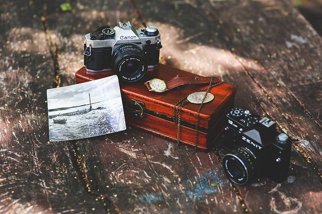 cameras,box camera,viewfinder,folding-roll camera