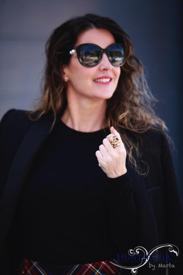 marta halcon de villavicencio-como combinar falda tartan-fashion blog- estilo elegante