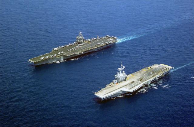 https://en.wikipedia.org/wiki/File:USS_Enterprise_FS_Charles_de_Gaulle.jpg