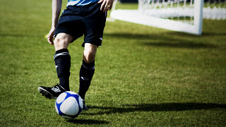 Jelaskan Cara Melakukan Passing Bawah Dalam Permainan Bola Voli Gurunakal