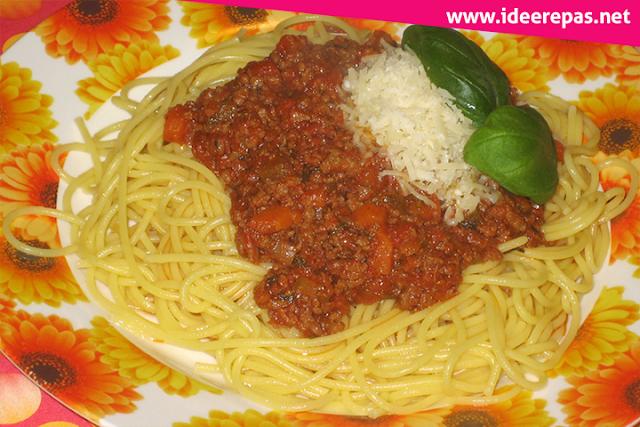 Recette spaghetti bolognaise