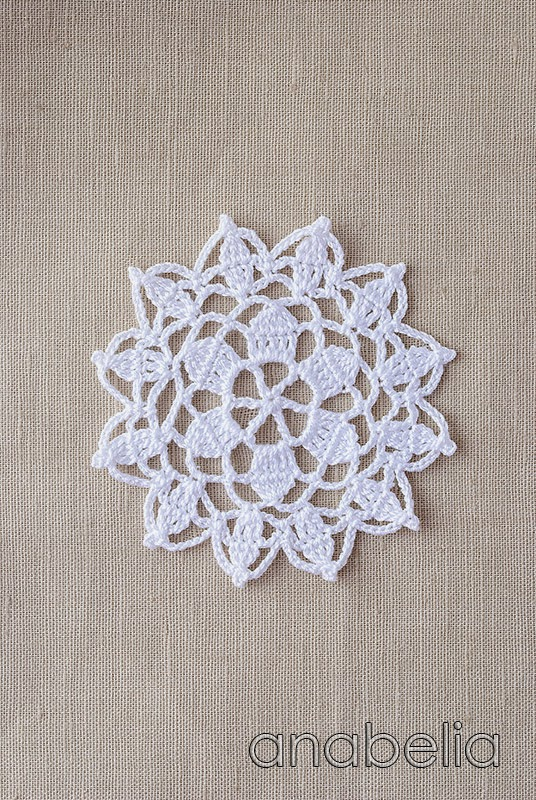 Crochet lace motif nr 6 by Anabelia