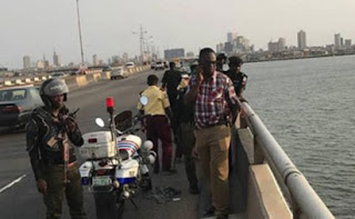 Third Mainland Bridge : Man jumps into Lagos lagoon, dies