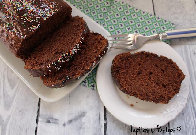 Plum cake de cacao y café