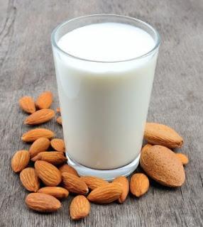 Meskipun Disenangi Pecinta Gaya Hidup Sehat, Ternyada Ada Juga Kekurangan dari Susu Almond