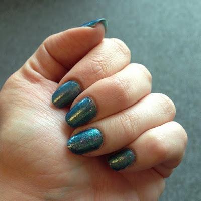 Paradise Liquid Jelly nail polish