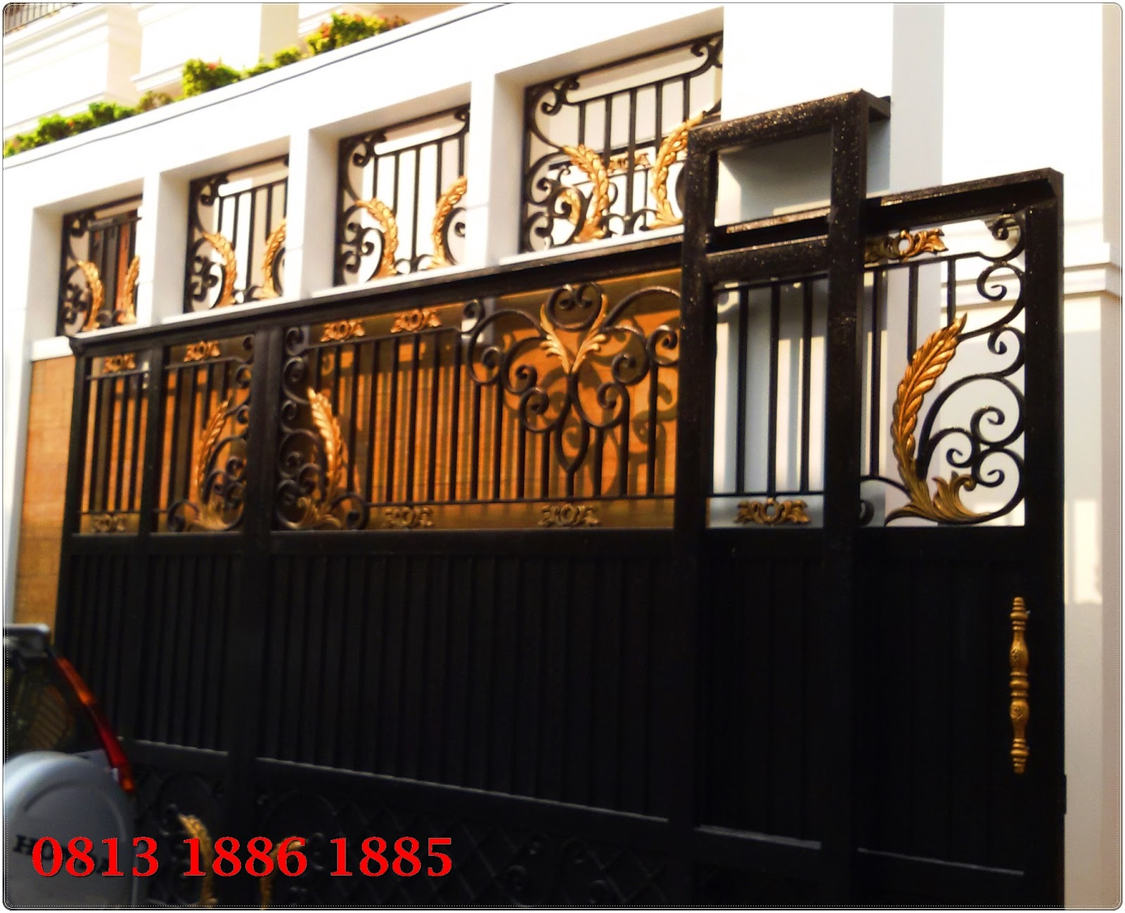 Mengerjakan Pintu Pagar Besi Tempa, Pembuatan Pagar Klasik, Pagar Klasik,  Reling Tangga Klasik,Pagar Mewah, Pagar Menon, Balkon Klasik & Ornamen  Alumunium Dll.