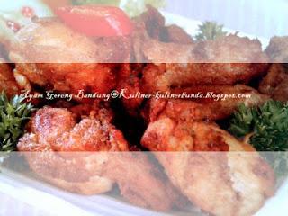 Semua orang niscaya sanggup menciptakan ayam goreng Resep Ayam Goreng Bandung...Cihuy!