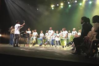 http://www.vnoticia.com.br/noticia/1828-art-lata-se-apresenta-no-palco-do-teatro-trianon