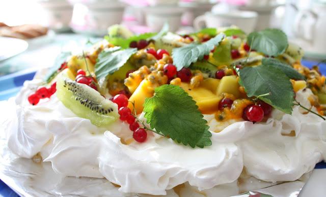 pavlova kakku marenkikakku leivonta mallaspulla marenki